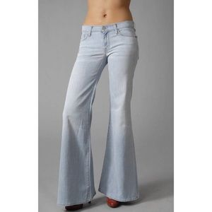 7 For All Mankind Super Flare Jeans in IBIZA 27